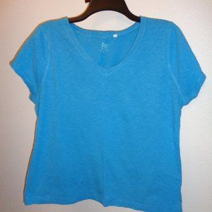 $5 SO Junior's Plus V Neck Tee Size 1X